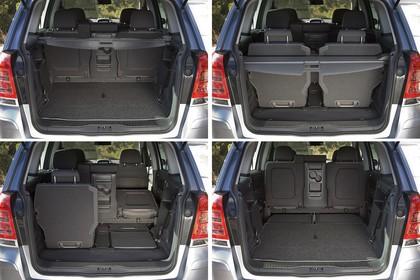 Opel Zafira B Innenansicht variabler Kofferraum statisch schwarz