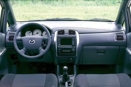 Mazda Premacy CP Innenansicht statisch Vordersitze und Armaturenbrett