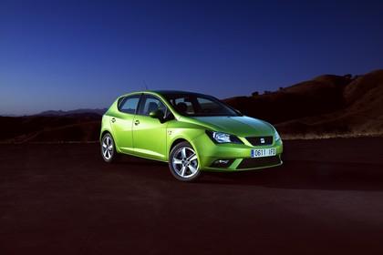 SEAT Ibiza 6P Front schräg statisch grün