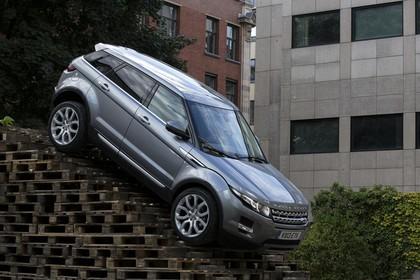 Land Rover Range Rover Evoque Coupé L538 Aussenansicht Seite schräg statisch grau