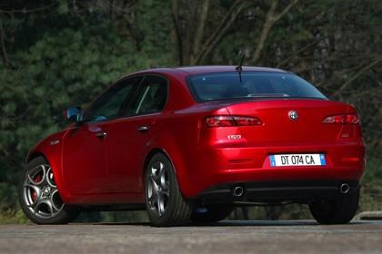 Alfa Romeo 159 939 Aussenansicht Heck schräg statisch rot
