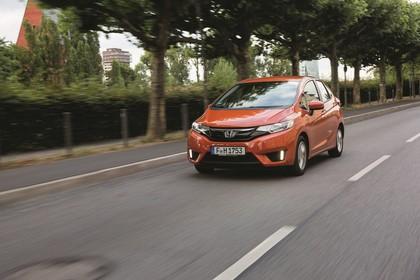 Honda Jazz GK Aussenansicht Front schräg dynamisch orange