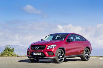 Mercedes-AMG GLE Coupé C292 Aussenansicht Front schräg statisch rot