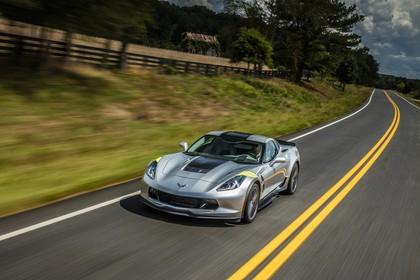 Chevrolet Corvette Grand Sport Coupé Aussenansicht Front schräg dynamisch silber