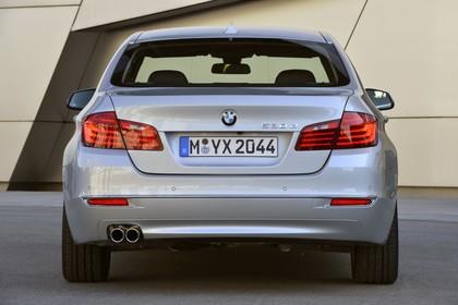 BMW 5er Limousine F10 Aussenansicht Heck statisch silber