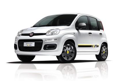 Fiat Panda 319 Aussenansicht Front schräg statisch Studio weiss