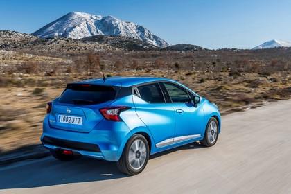 Nissan Micra K14 Aussenansicht Heck schräg dynamisch blaue