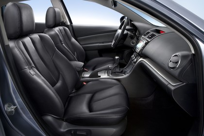 Mazda 6 Kombi GH Innenansicht Front Sitze statisch schwarz