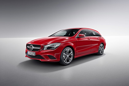 Mercedes CLA Shooting Brake X117 Aussenansicht Front schräg Studio statisch rot