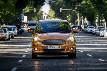 Ford KA+ Front dynamisch gold