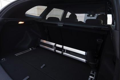 Kia Cee´d SW JD Innenansicht Detail Kofferraum statisch schwarz