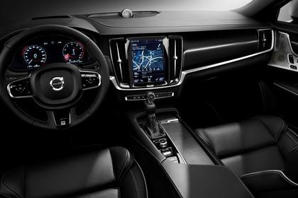 Volvo V90 P Innenansicht statisch Studio Vordersitze und Armaturenbrett fahrerseitig