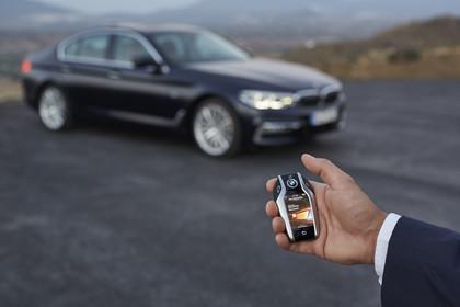 BMW 5er G30 Aussenansicht Detail Fahrzeugschlüssel
