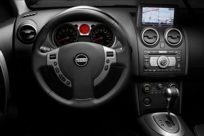 Nissan Qashqai Innenansicht Fahrerposition Studio statisch schwarz