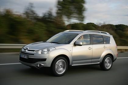 Citroën C-Crosser Aussenansicht Seite schräg statisch silber