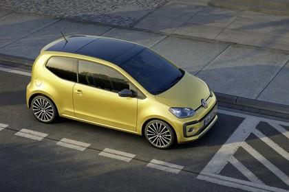 VW UP! Aussenansicht Seite schräg erhöht statisch gold
