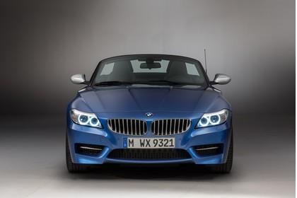 BMW Z4 E89 Aussenansicht Front statisch blau