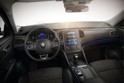 Renault Talisman RFD Innenansicht statisch Studio Vordersitze und Armaturenbrett fahrerseitig