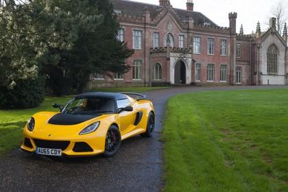 Lotus Exige Sport 350 Aussenansicht Front schräg statisch gelb