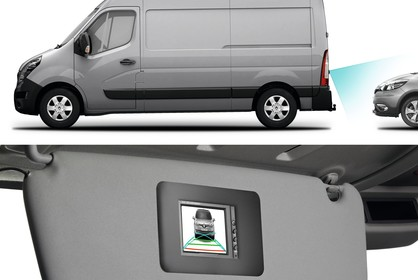 Renault Master 3 Combi Innenansicht statisch Studio Detail Rückfahrkamera