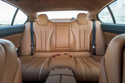 BMW 6er Gran Coupe F06 Innenansicht Rücksitzbank statisch hellbraun