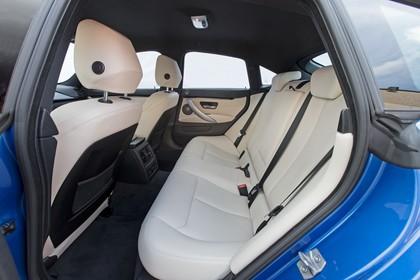 BMW 4er Gran Coupe F36 Innenansicht Rücksitzbank Studio statisch beige