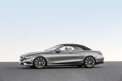 Mercedes-Benz S-Klasse Cabriolet A207 Aussenansicht Seite schräg statisch silber