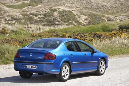 Peugeot 407 6 Limousine Aussenansicht Heck schräg statisch blau