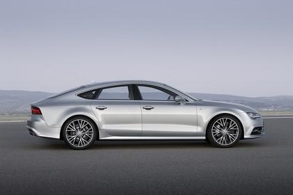 Audi A7 4G Aussenansicht Seite statisch silber