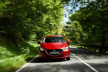 Mazda 2 DJ Aussenansicht Front dynamisch rot