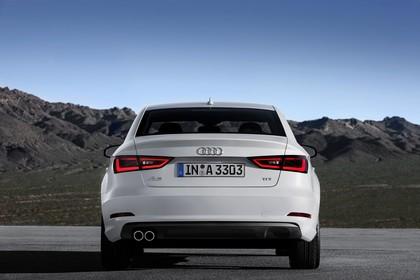 Audi A3 8V Limousine Aussenansicht Heck statisch weiss