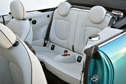 Mini Cabrio F57 Innenansicht Detail statisch weiß Rückbank