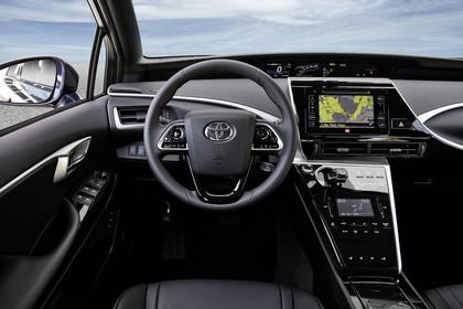 Toyota Mirai Innenansicht Fahrerposition statisch schwarz