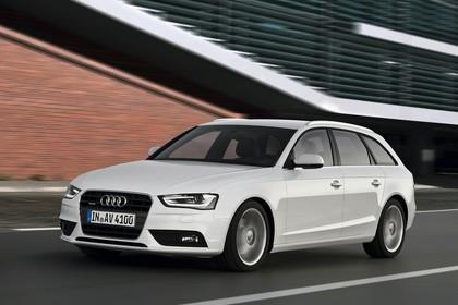 Audi A4 B8 Avant Facelift Aussenansicht Front schräg dynamisch weiss