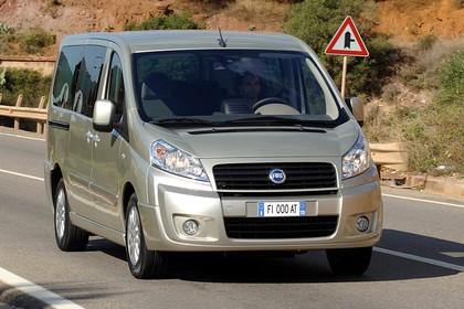 Fiat Scudo Kombi 270 Aussenansicht Front schräg dynamisch gold