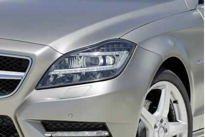 Mercedes-Benz CLS C218 Aussenansicht Detail Scheinwerfer statisch silber