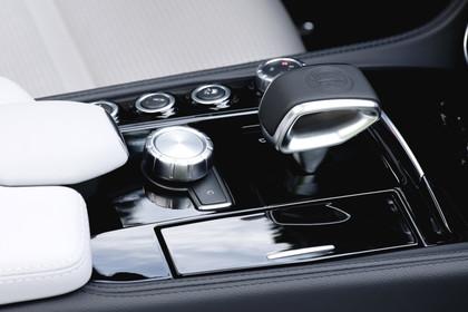 Mercedes-AMG CLS  Shooting Brake C218 Innenansciht Detail Mittelkonsole statisch schwarz
