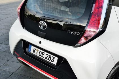 Toyota Aygo Aussenansicht Detail Heck statisch weiß