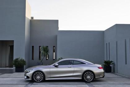 Mercedes-Benz S-Klasse Coupé C217 Aussenansicht Seite statisch grau