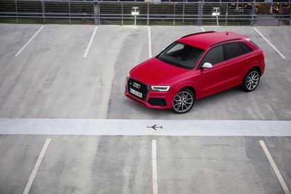 Audi RSQ3 8U Aussenansicht Front schräg erhöht statisch rot