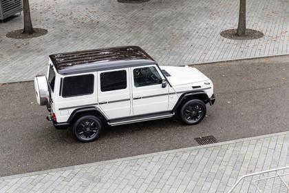 Mercedes-Benz G-Klasse W463 Aussenansicht Seite erhöht statisch weiss